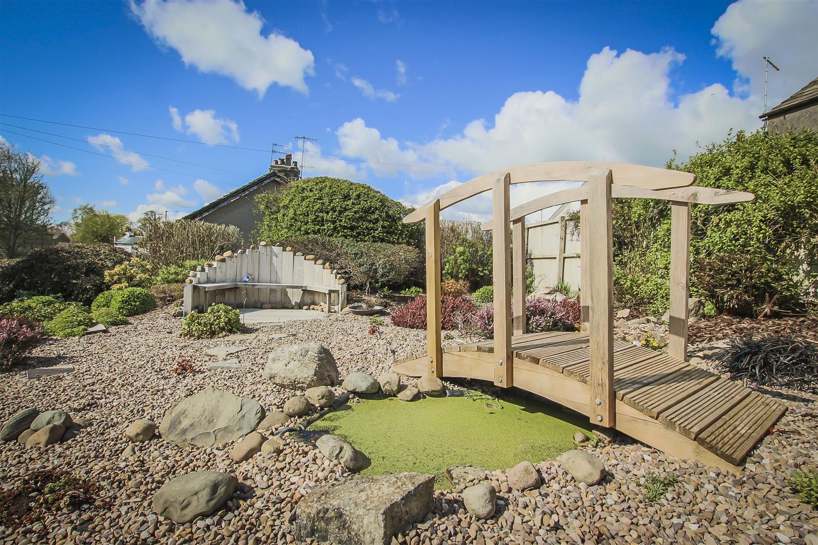 2 Bedroom Cottage For Sale - Rear